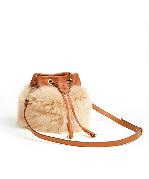 ki:ts Drawstring Bag with 2 Way Shoulder Strap Biscuit Shearling (Long Wool Lambskin) & Tan Leather